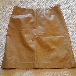 Theory leather skirt in honey beige.